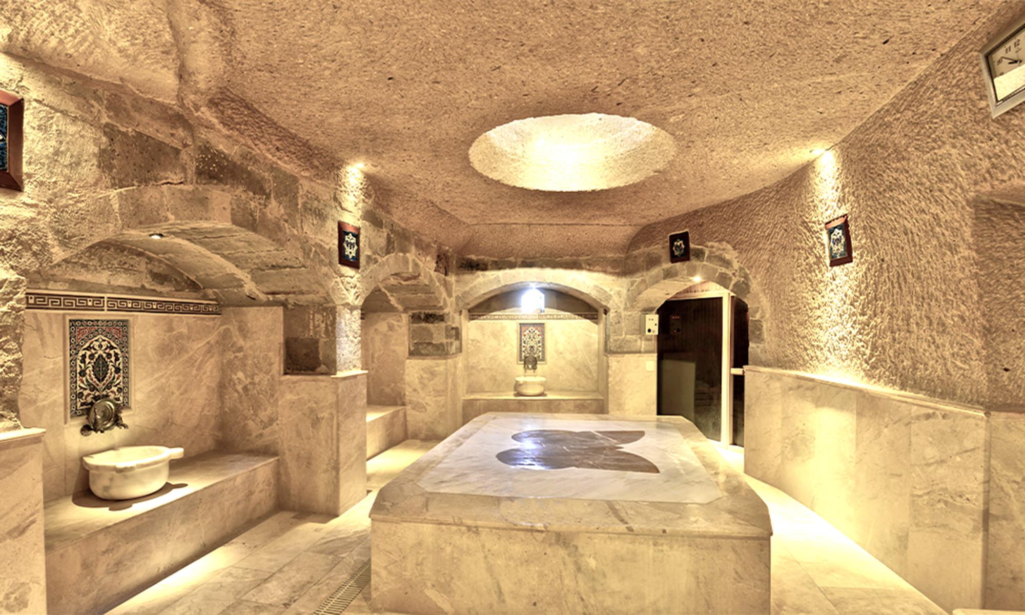 """卡帕多奇亚独特的""""洞穴式""""土耳其浴"""